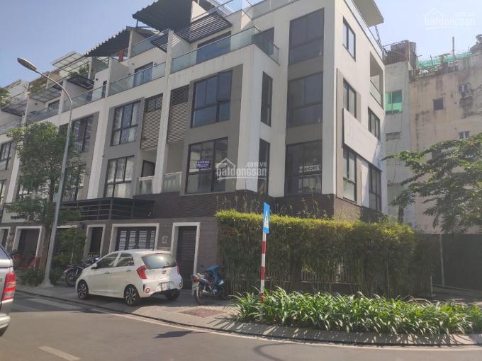 Cho thuê 2 căn nhà 2 mặt tiền đường nội bộ khu villa Hà Đô Centrosa Quận 10 gần Vincom 3 Tháng 2 ảnh 0
