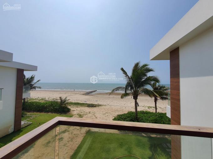 Bán biệt thự mặt tiền biển view biển trực diện 3PN full nội thất 225m2, giá chỉ 10.2 tỷ ảnh 0