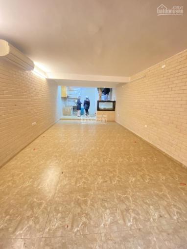 Cho thuê nhà Nguyễn Chí Thanh 60m2 x 5T thông sàn, ngõ oto tránh nhà mới xây view mặt hồ Ngọc Khánh ảnh 0