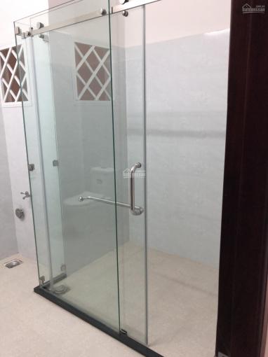 Chính chủ bán nhà 1 trệt 3 lầu, gần chợ Bửu Long, liên hệ: 0919.236.611 ảnh 0