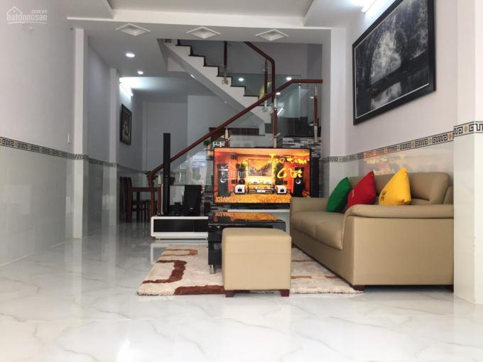 Cần bán nhà MT 161 Lê Đình Thám, Q Tân Phú, DT 4x17m, 2 lầu, giá 7,9 tỷ, LH: 0937772908 ảnh 0