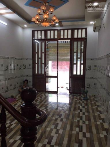 Chính chủ cần bán gấp căn nhà MT QL50 Phong Phú, Bình Chánh, giá rẻ 72m2, sổ hồng riêng ảnh 0
