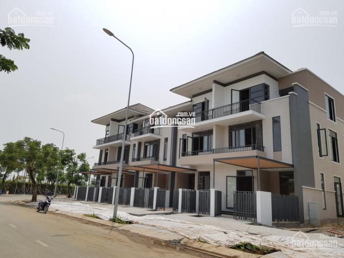 Kẹt tiền bán biệt thự giá rẻ nhất Sài Gòn tại Nhà Bè 090 688 6788 ảnh 0