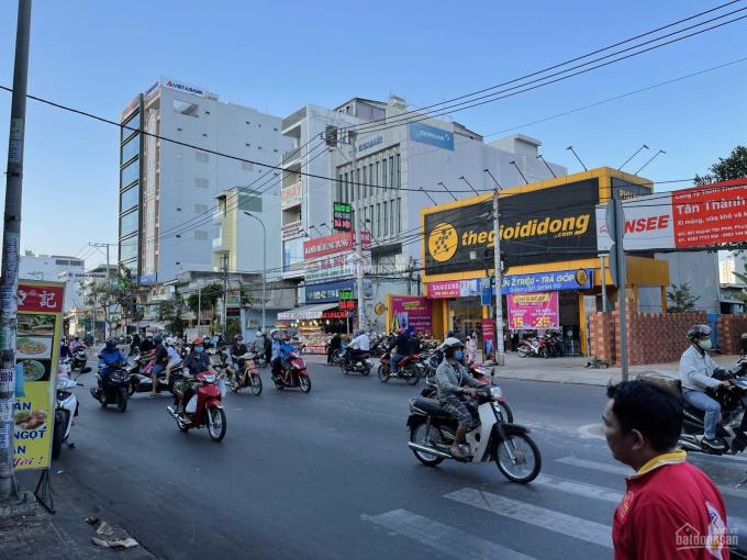 Cho thuê mặt tiền Huỳnh Tấn Phát, phường Phú Thuận, Quận 7. DT 7x30m trệt trống suốt, giá 60 tr/th ảnh 0
