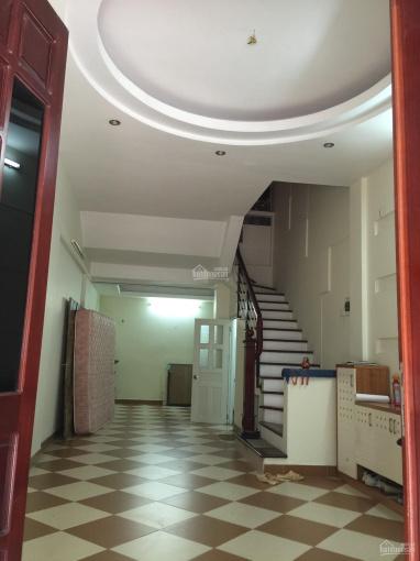 Cho thuê nhà liền kề tại Phùng Khoang, 50m2x5t ô tô đỗ cửa ảnh 0