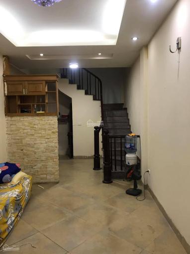 Cho thuê nhà riêng ngõ 412 Ngọc Thụy, S: 32m2, 3 phòng ngủ, đồ cơ bản, giá: 6tr/tháng ảnh 0