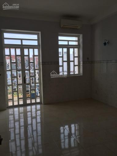 Cho thuê nhà nguyên căn tại hẻm 30 Lâm Văn Bền, Tân Quy, Quận 7 ảnh 0