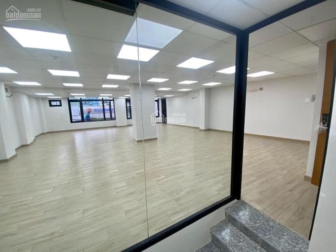 Cho thuê nhà gấp đường Trường Sơn 10x16m 1 trệt 1,5 lầu thích hợp làm văn phòng, spa, chuyển phát ảnh 0