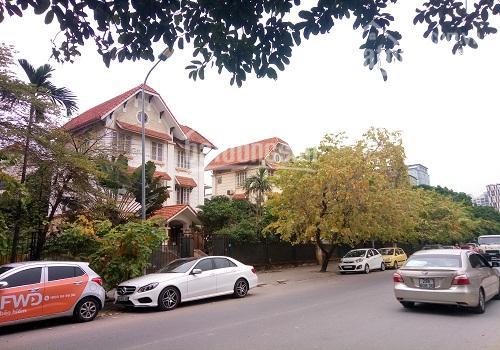 Cần bán mấy lô biệt thự Contrexim, Yên Hòa, cầu giấy, giá rẻ hơn thị trường, có đủ loại DT và hướng ảnh 0