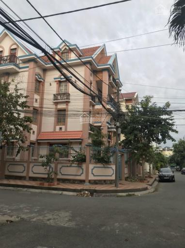 Bán biệt thự 2 lầu DT 18x18.5m góc 2 MT đường Nguyễn Văn Quỳ KDC Bộ Công An ảnh 0