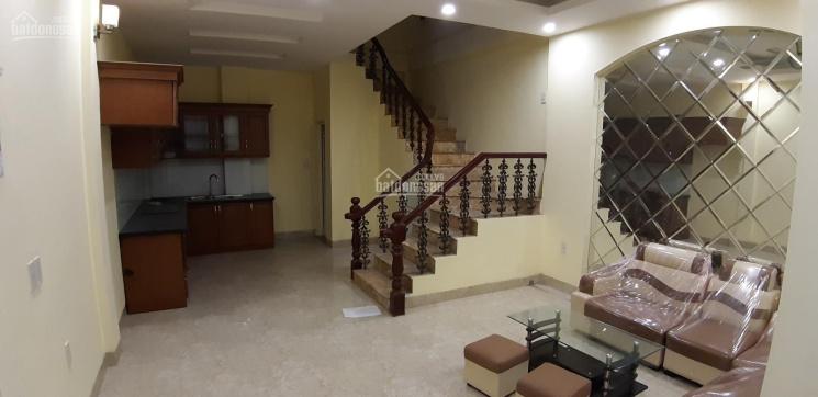 Cho thuê nhà MP Lê Duẩn vị trí đẹp, 40m2 x 4 tầng, MT 4,5m, nhà mới, riêng biệt ảnh 0