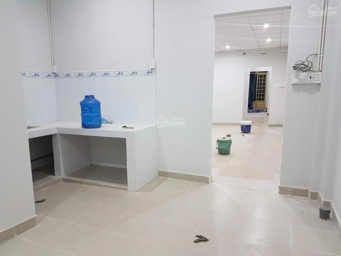 Cho thuê nhà nguyên căn Nguyễn Thái Sơn DT 4,5 x 25m, 1L, 4PN, 3WC giá 10tr/tháng ảnh 0