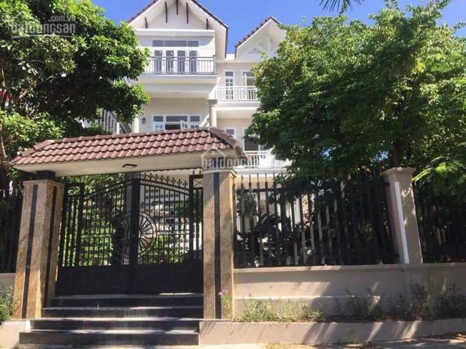 Chính chủ bán biệt thự 2 mặt tiền đường Lê Văn Lương, quận Sơn Trà, TP Đà Nẵng. LH: 0935144488 ảnh 0