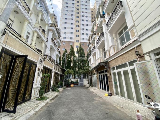 Cho thuê nhà nguyên căn đường Phạm Văn Đồng gần TTTM Gigamall ngay ngã tư Bình Triệu, Thủ Đức ảnh 0