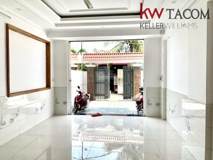 Nhà thiết kế hiện đại, 85m2, P. Long Bình Tân, đường ô tô to, SHR thổ cư, giá 4,39 tỷ ảnh 0