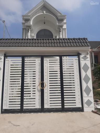 Bán nhà 1 lầu 1 trệt đẹp, sang trọng tại đường DX 07 phường Tân Vĩnh Hiệp. Trả trước 800tr nhận nhà ảnh 0