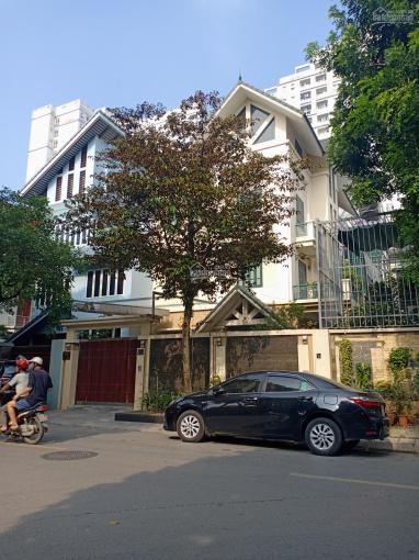 Cho thuê biệt thự Trung Hòa, Trung Yên, Cầu Giấy 190m2 x 5T, 50tr/th có hầm ảnh 0
