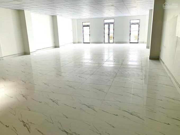 Chính chủ cho thuê nhà mặt tiền Đồng Đen Tân Bình 6mx20m 5 lầu giá chỉ 39 triệu TL ảnh 0