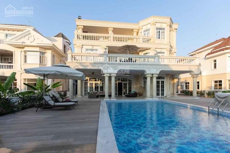 Tôi cần bán căn biệt thự Chateau vip nhất khu, gần Clup House, có hồ bơi và cạnh bờ sông thoáng mát ảnh 0