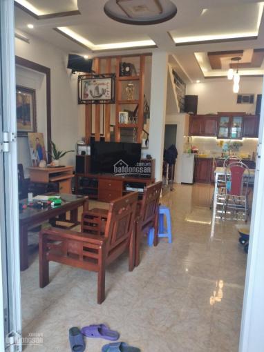 Bán nhà độc lập 4 tầng mặt ngõ dân xây ngõ 562 Nguyễn Văn Linh thông ra 250 Thiên Lôi. Ô tô ra vào ảnh 0