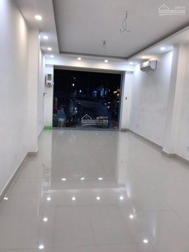 Cho thuê nhà mặt tiền đường Mạc Thị Bưởi, P. BN, Q1. DT 5x20m KC 2 tầng giá 70tr/tháng 0911311144 ảnh 0