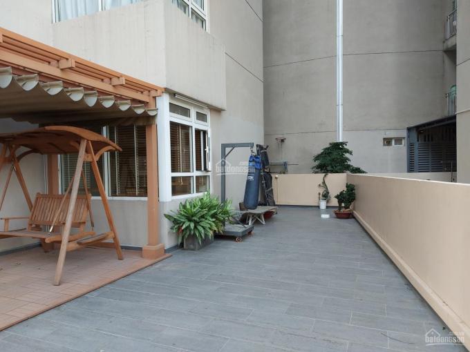 Căn hộ siêu hiếm 3 phòng ngủ 132m2 + 98m2 sân vườn sử dụng rêng, tặng lại toàn bộ nội thất ảnh 0