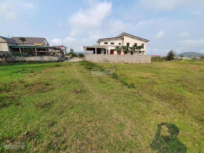 Cần bán lô đất gần Ủy ban xã Quảng Đông diện tích rộng full đất ở. Liên hệ: 093.234.6989 ảnh 0