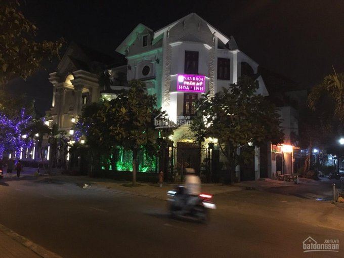 Biệt thự góc 2 mặt tiền đường Lê Thúc Hoạch, phường Tân Quý, Tân Phú, 9x16m đúc 4 tấm, giá 29.5 tỷ ảnh 0