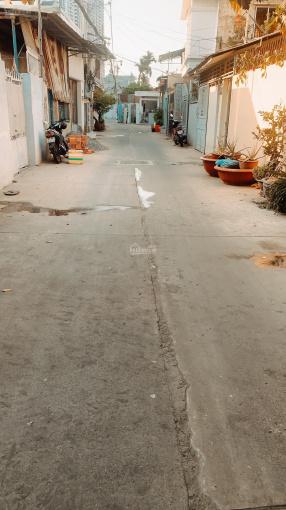 Bán nhà 3 lầu hẻm 860 Huỳnh Tấn Phát, Phường Tân Phú, Quận 7, DT 4*16m, 4PN, 5WC, 0906072839 ảnh 0