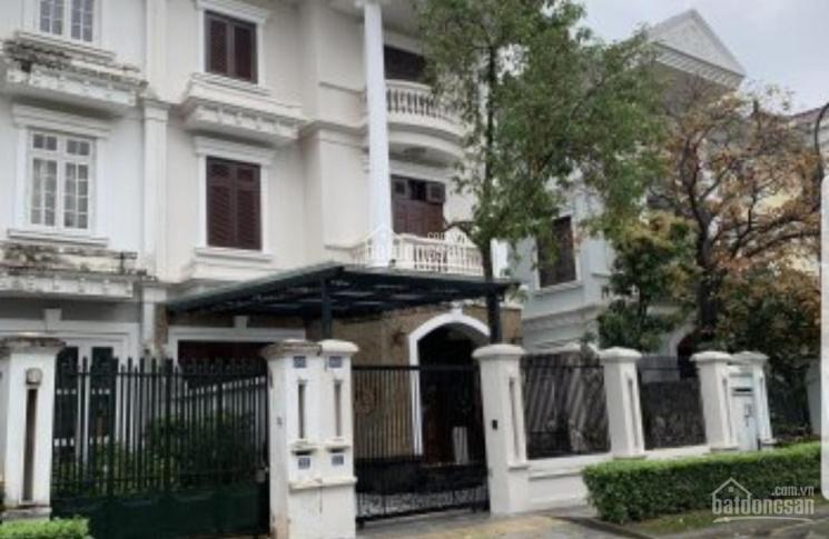 Gia đình anh bạn gửi bán siêu biệt thự nhà vườn KĐT Dịch Vọng Cầu Giấy 300m2 x 3T, MT 16m, 58 tỷ ảnh 0