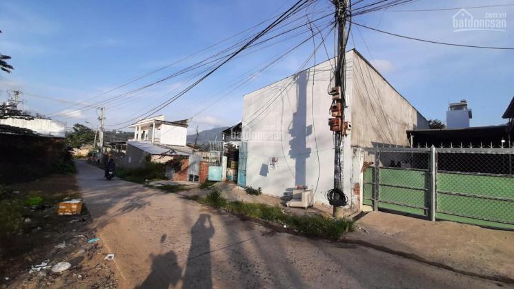Bán nhà trọ đường Nguyễn Xiển, Nha Trang diện tích 7.5x22m, giá 1.963 tỷ ảnh 0