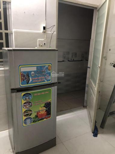 Phòng trọ đẹp, nội thất: Máy lạnh + tủ lạnh, máy giặt, gác lửng + kệ bếp. Gần Aeon Mall Tân Phú