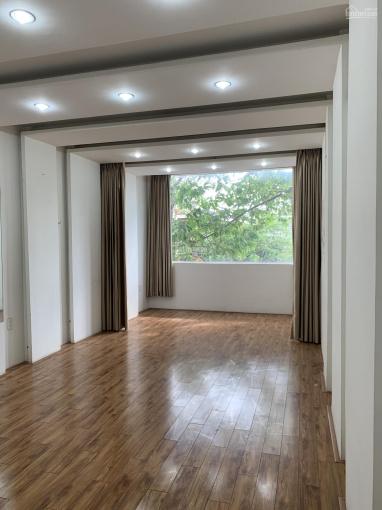 Cho thuê nhà 3 lầu MTKD Lê Hồng Phong, Q10, trống suốt cầu thang cuối nhà ảnh 0