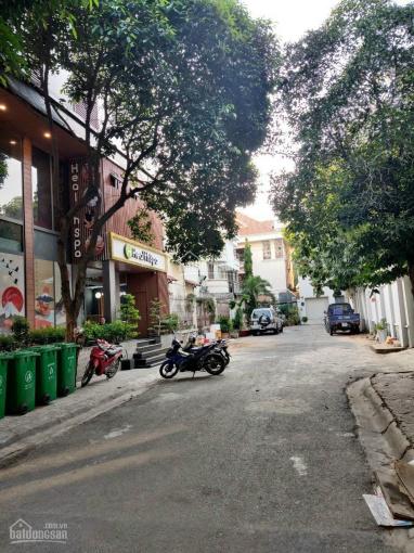 Bán nhà mặt tiền đường 20m Fideco Thảo Điền. Liên hệ: 0909 95 38 95 ảnh 0