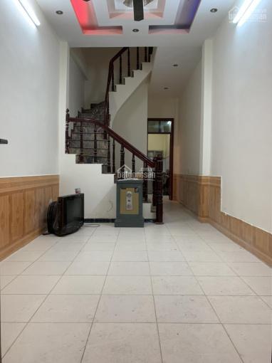 Cho thuê nhà riêng số 25 ngõ 420 đường Khương Đình, 50m2 x 3 tầng, 4 phòng ngủ. LH 0969295319 ảnh 0