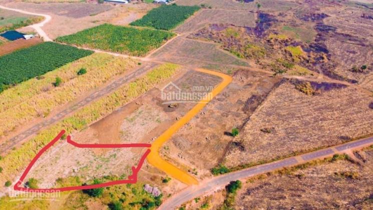 Bán đất mặt tiền Trung Hòa, đường Đông Hòa 7km, giá 2 tỷ, sổ riêng, QL1A vô 5km, LH Vân chính chủ ảnh 0