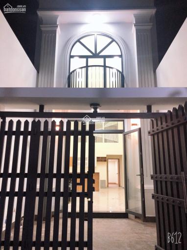 Rẻ nhất khu vực nhà đẹp 179.2m2 chủ tặng full nội thất tại Kha Vạn Cân, Linh Trung, TP. Thủ Đức ảnh 0
