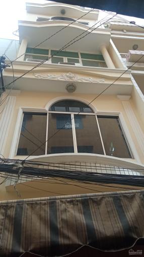 Cho thuê nguyên căn Trần Hưng Đạo, P. Cô Giang, Q. 1 1 trệt 4 lầu 8 phòng 8WC sàn gỗ 100% full NT ảnh 0