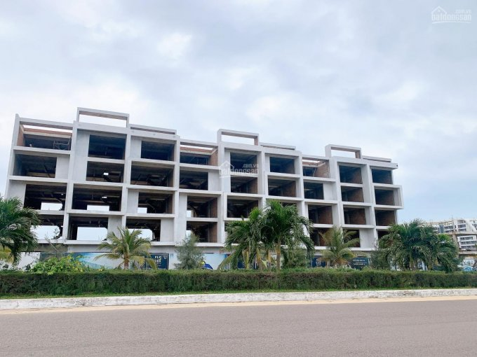 Bán shophouse mặt tiền đường 52m dự án Luxcity quy nhơn, giá 22.7tr/m2. LH 0931914941 ảnh 0