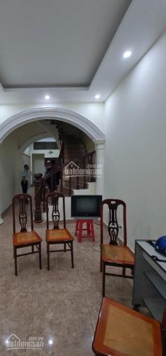Cho thuê nhà Hoàng Văn Thái, 55m2 x 4 tầng, 5pn, đồ cơ bản. 11tr/th ảnh 0