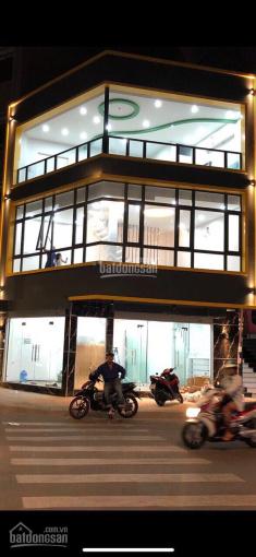 Cho thuê nhà MT Nguyễn Công Trứ, Q1. DT: 7x20m trệt lầu, giá thuê 75tr/th, ngân hàng, showroom ảnh 0