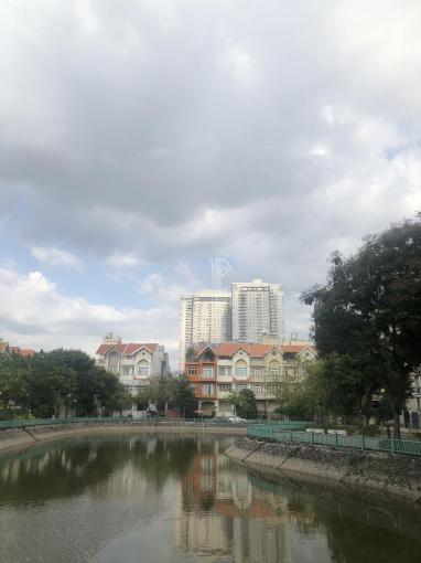 Bán căn biệt thự Him Lam quận 7, DT 10x20m hướng nam giá: 34 tỷ 0909997043 Lực ảnh 0