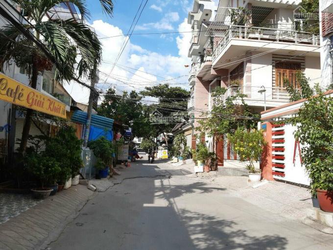 Bán nhà cấp 4, mặt tiền hẻm 1015 Huỳnh Tấn Phát, P. Phú Thuận, Quận 7 ảnh 0