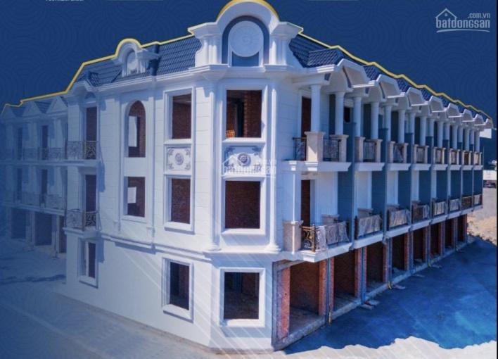 Nhà phố xây sẵn phong cách tân cổ điển ngay trung tâm Dĩ An - Bình Dương ảnh 0