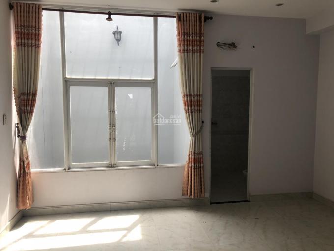 Chuyển về quận 2 sống! Cần bán căn biệt thự Tân Sơn, quận Gò Vấp, DT 7mx20m, 2 lầu, giá 11,2 tỷ ảnh 0
