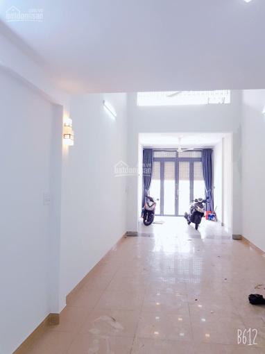 Cho thuê căn nhà mặt tiền đường Xóm Củi P12 Q8 (đối diện chợ Xóm Củi, chân cầu Chà Và) ảnh 0