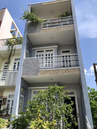 Cần cho thuê nhà mặt tiền nguyên căn nằm ngay đường Bình Phú, Quận 6 gần ngã tư Chợ Lớn. DT 4x20 ảnh 0