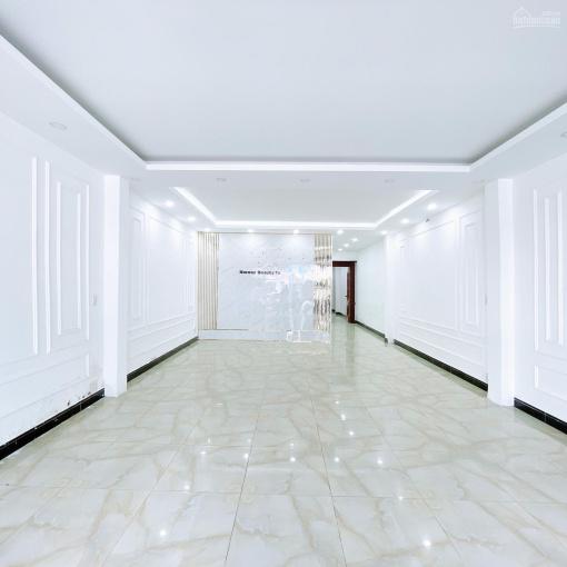 Cho thuê nhà 1 trệt, 2 lầu đẹp chuẩn form spa mặt tiền đường 3/2 ảnh 0