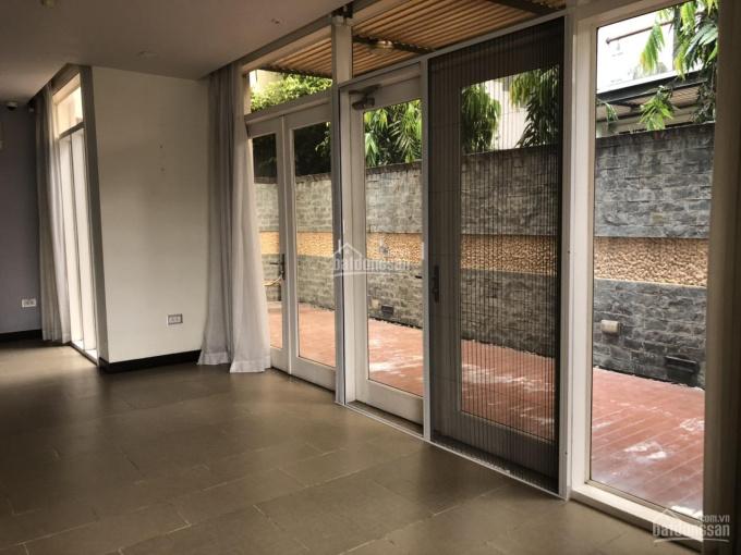 Nhà phố đường Nguyễn Văn Hưởng, Thảo Điền, quận 2. DT: 163m2 giá ~ 168tr/m2, LH 0903652452 ảnh 0