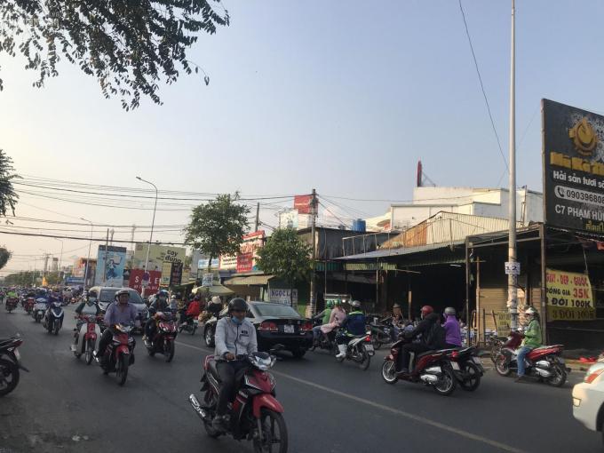Cho thuê nhà góc 2 mặt tiền số C7 đường Phạm Hùng, Xã Bình Hưng, Huyện Bình Chánh, Hồ Chí Minh ảnh 0